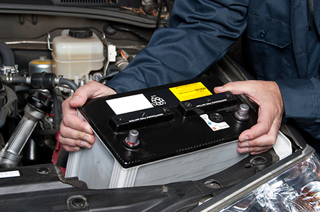 Battery Test and Replacement Service in Des Moines, IA