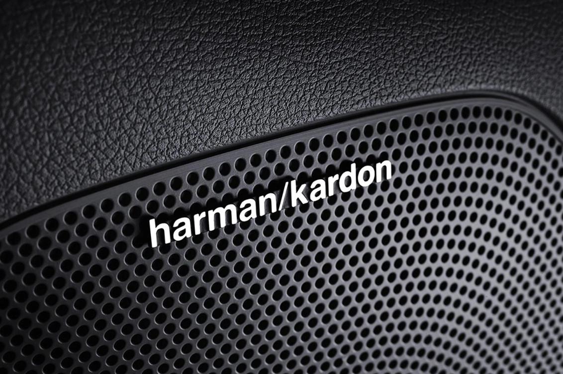 Harman Kardon® QuantumLogic™ Premium Surround Sound System w/ Clari-Fi™