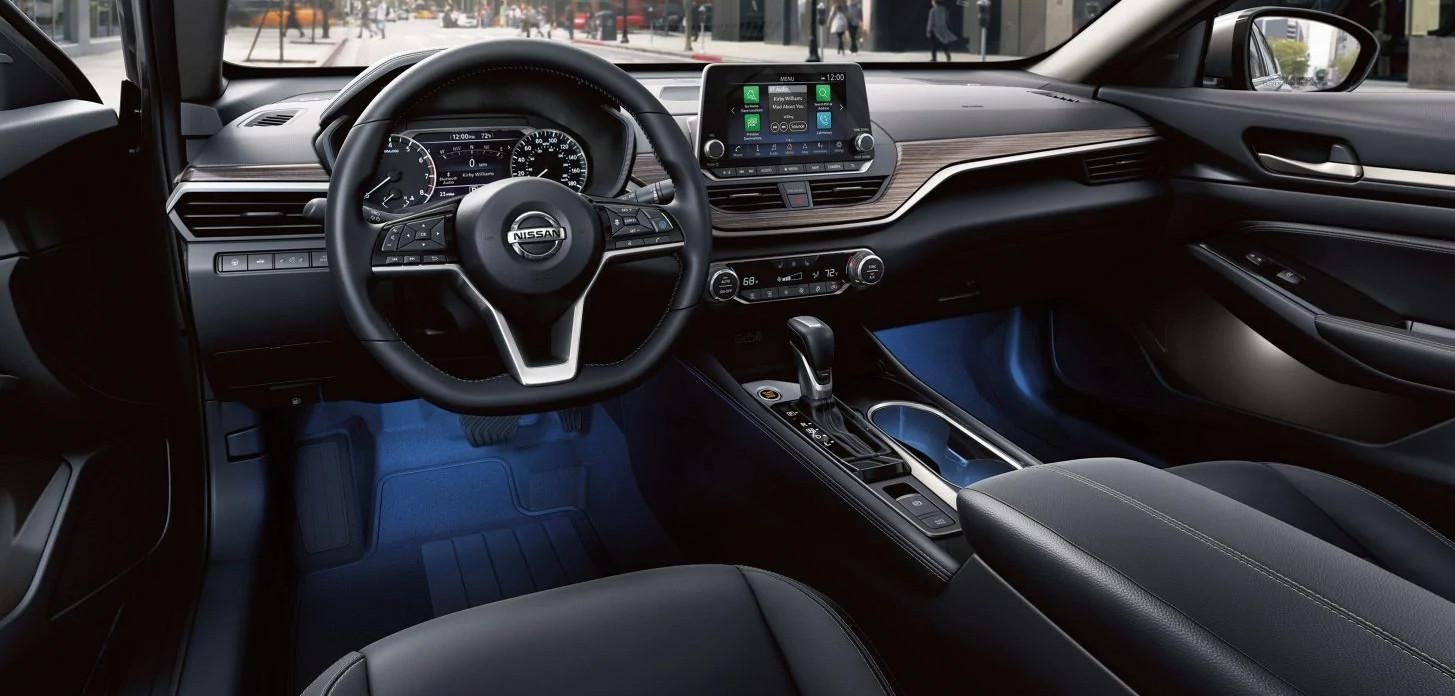 2020 Nissan Altima Spacious Front Interior