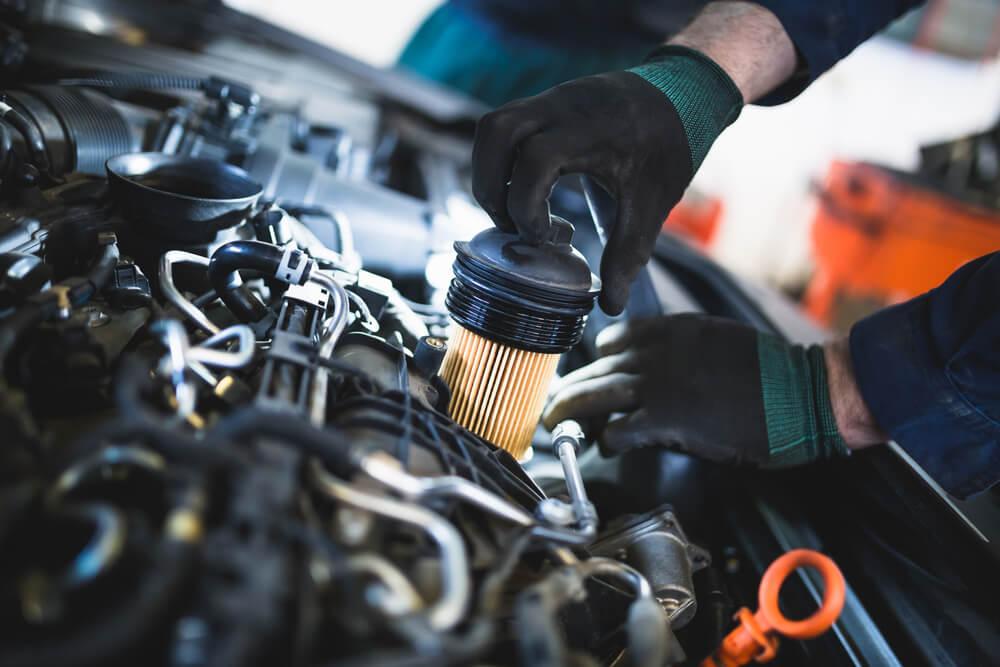 Checking Engine Oil Levels   BMW of Schererville   Schererville, IN