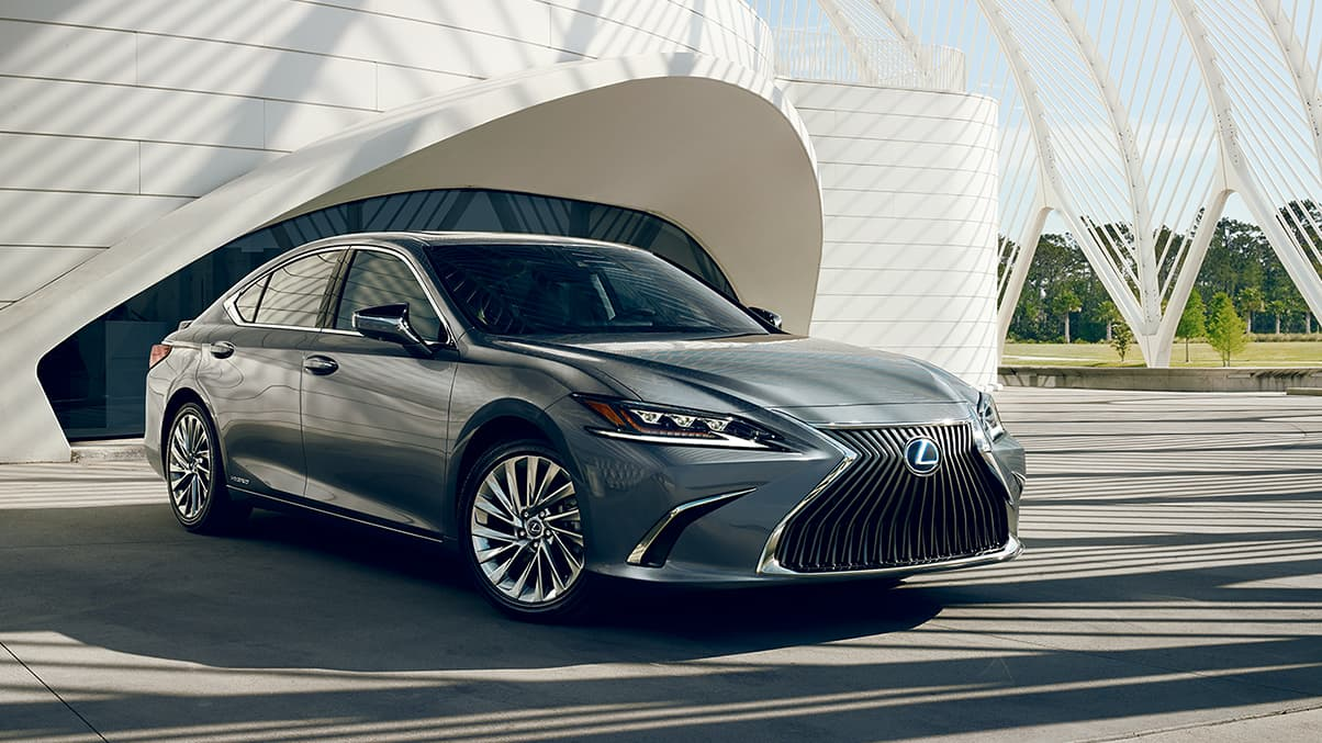 2020 Lexus ES 300h Lease near Huntington, NY