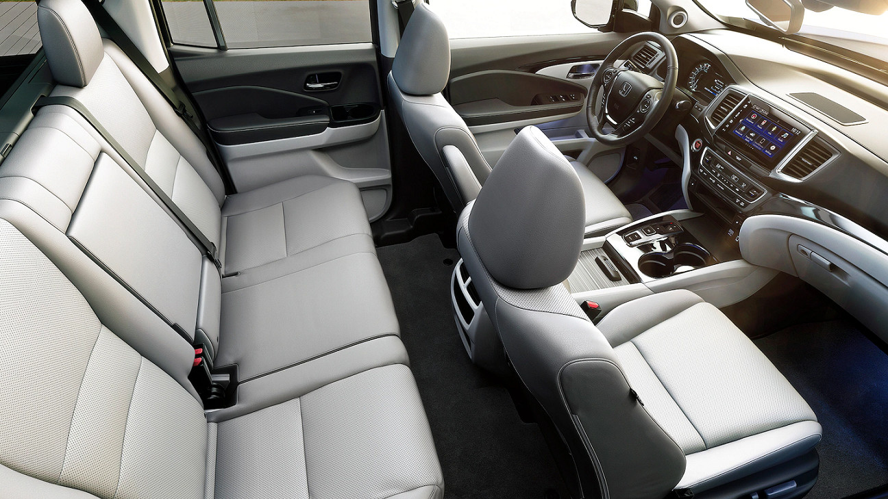 Roomy Cab of the 2020 Honda Ridgeline