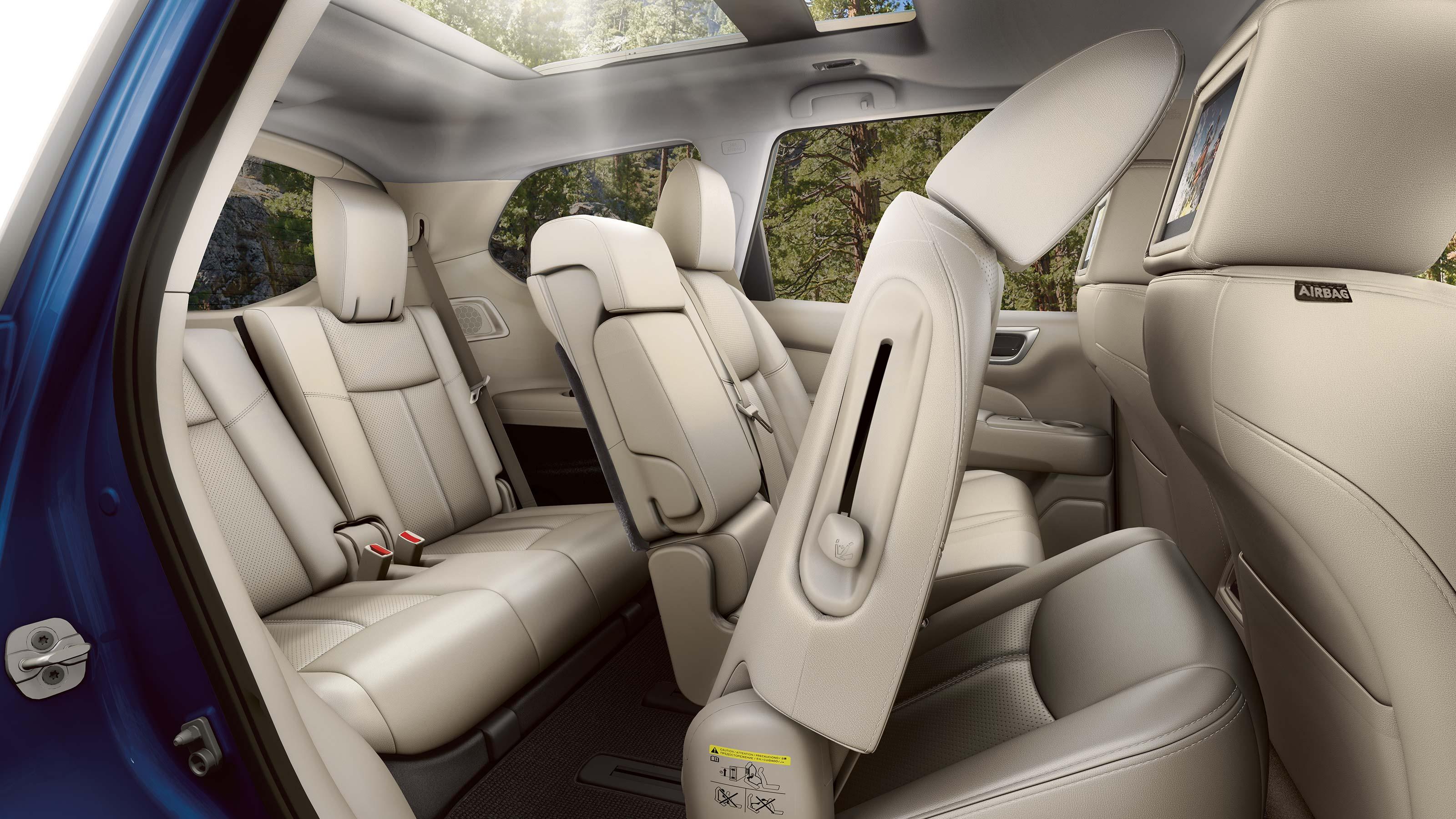2020 Nissan Pathfinder EZ Flex Seating System