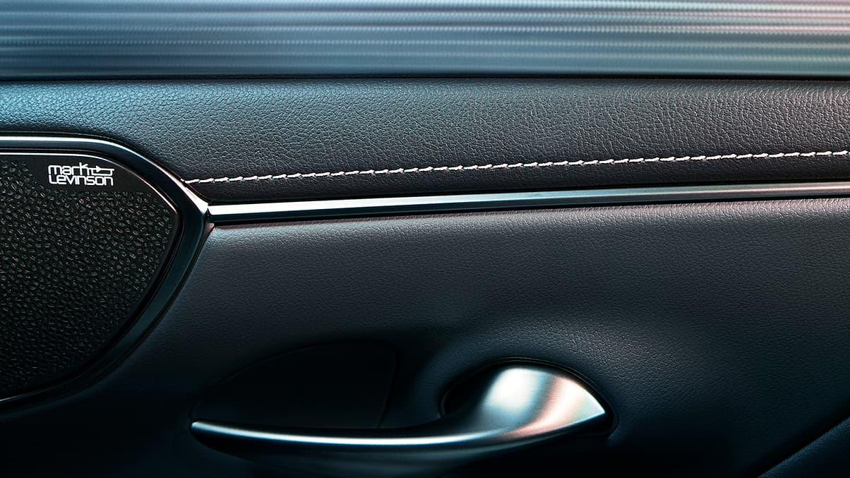2020 Lexus ES 350 Technology