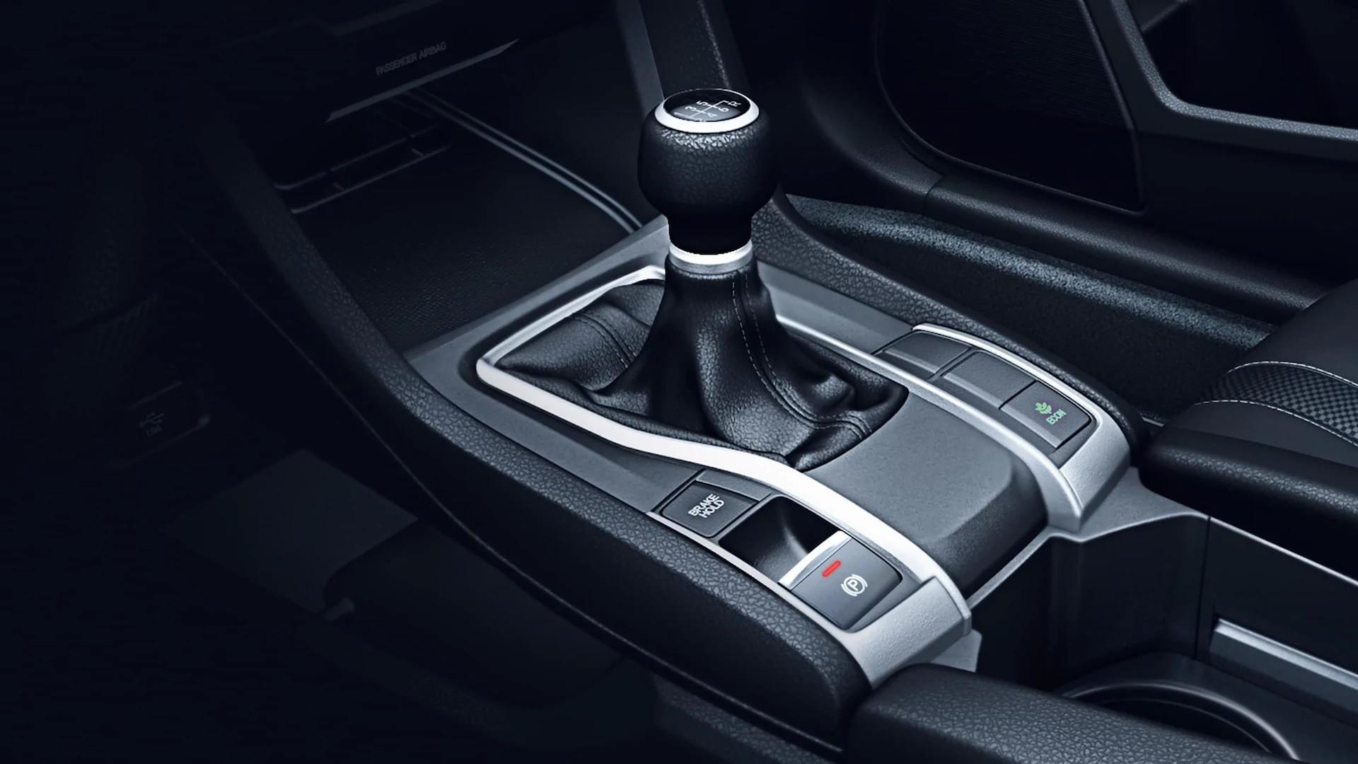 Gear Shift in the 2020 Honda Civic