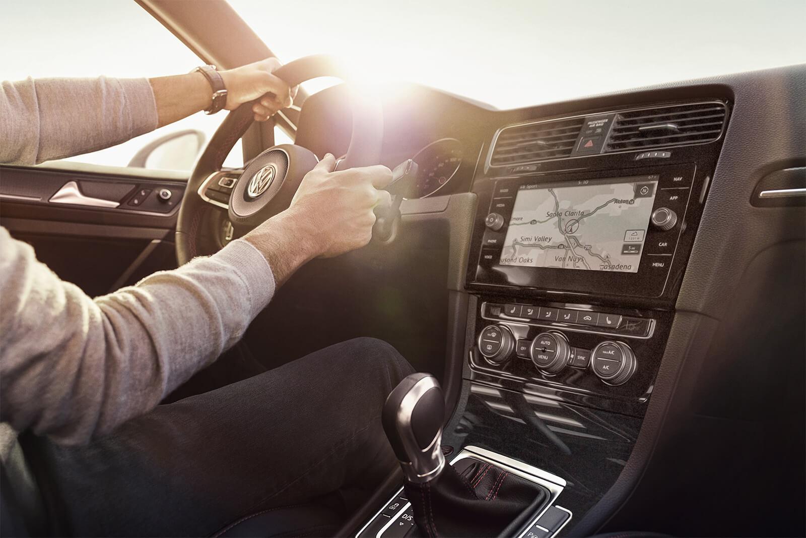 2020 VW Golf GTI Technology