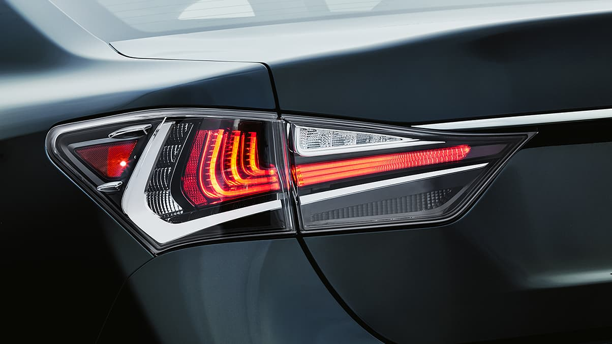 2020 GS 350 Taillights