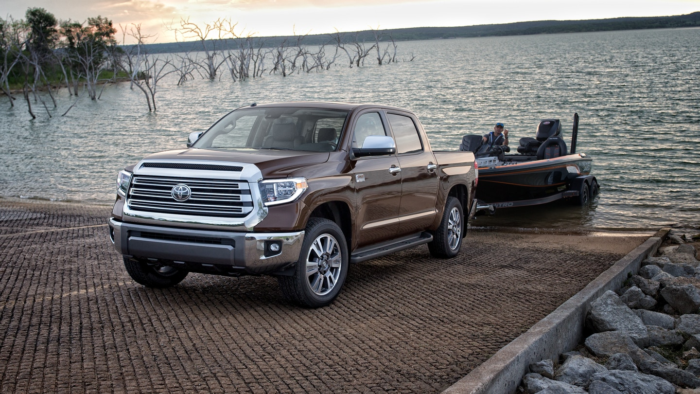 2020 Toyota Tundra vs 2020 Ford F-150 in Cookeville, TN