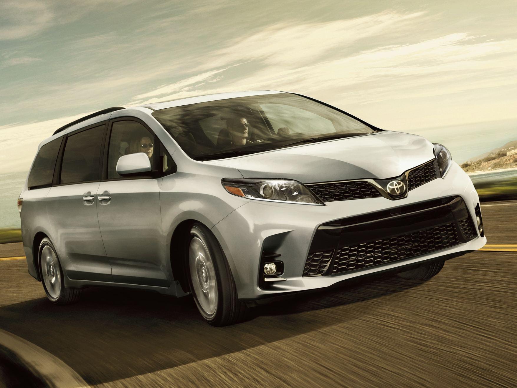 2020 Toyota Sienna Leasing near Bridgewater, NJ