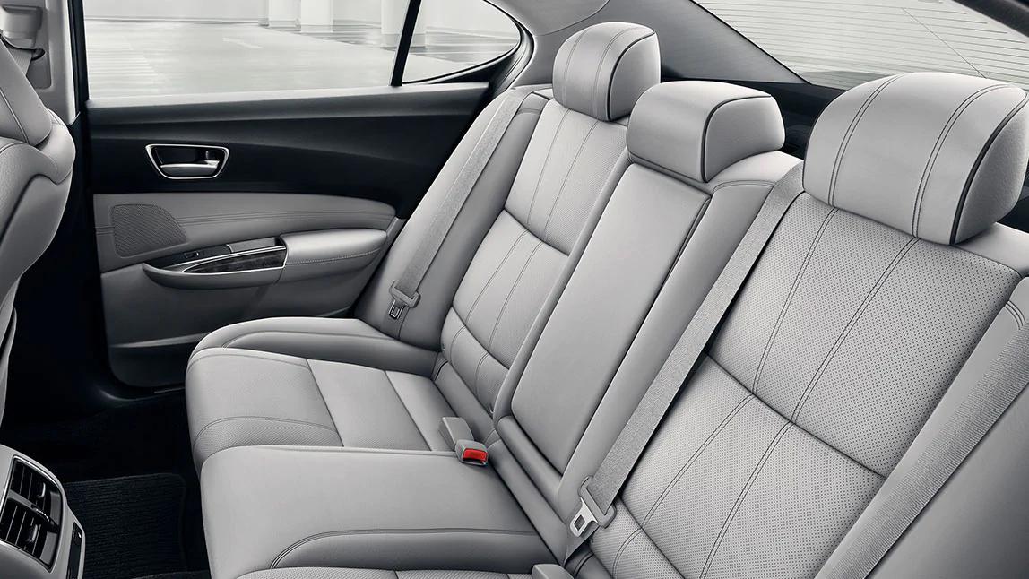 Interior del Acura TLX 2020