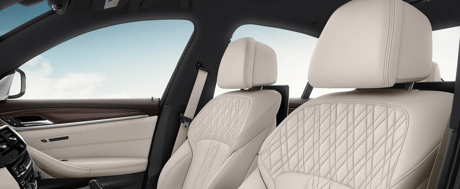 Accommodating Seats in the 2020 BMW 5 Series