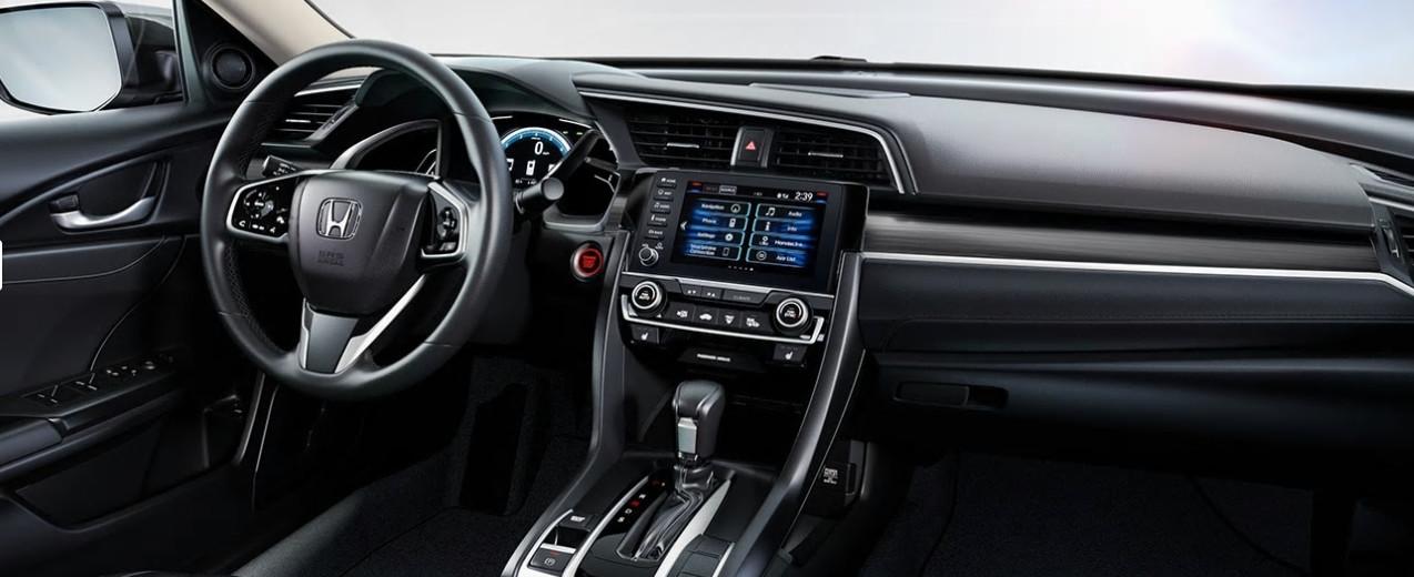 En el Civic 2020, el diseño interior es tan avasallante como el exterior.