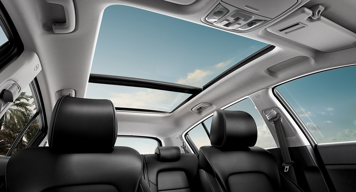 2020 Kia Sportage Available Panoramic Sunroof