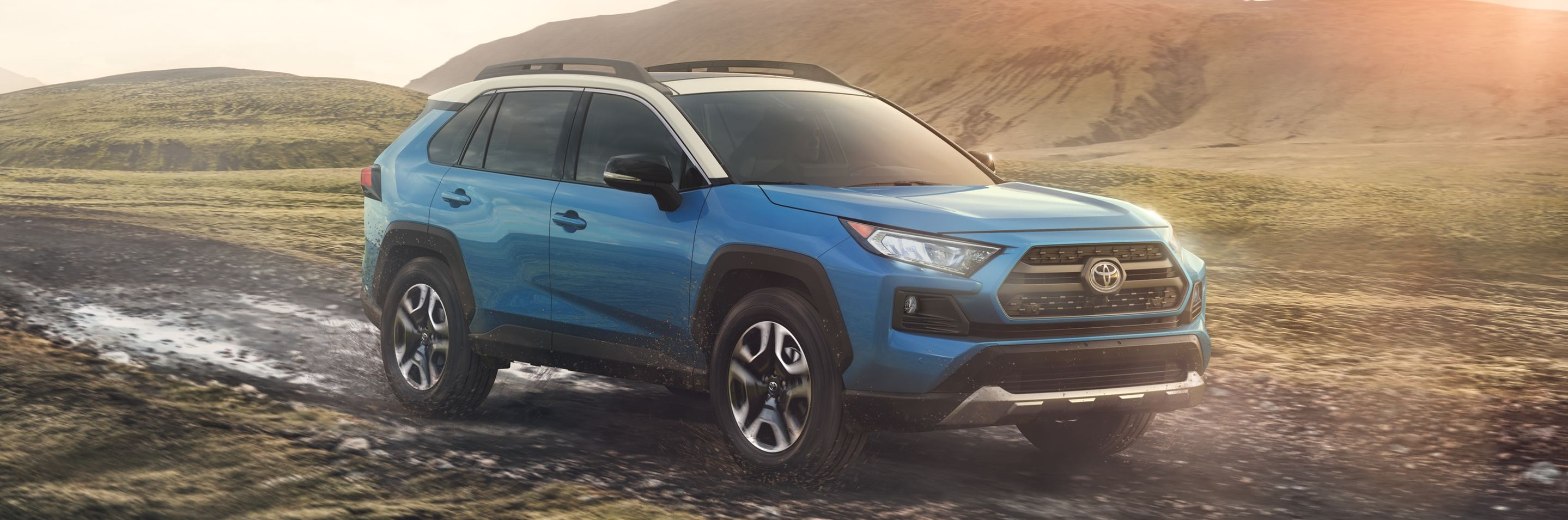2020 Toyota RAV4 Leasing near Chicago, IL