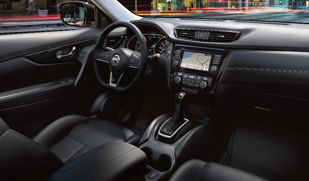2020 Nissan Rogue Cockpit