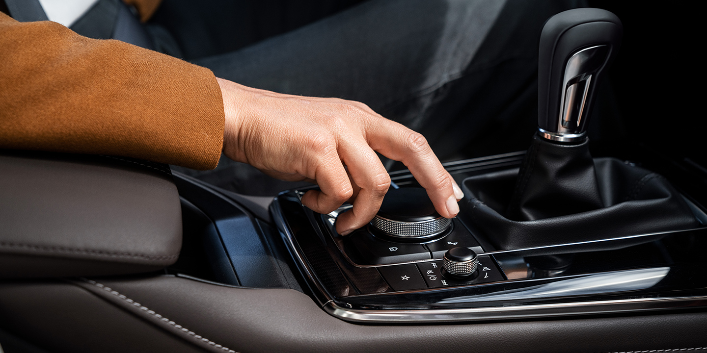 Conveniently Control Your Technology in the 2020 MAZDA CX-30!