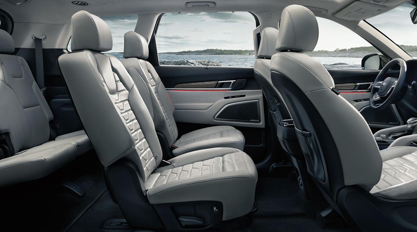 2020 Kia Telluride Front Seats
