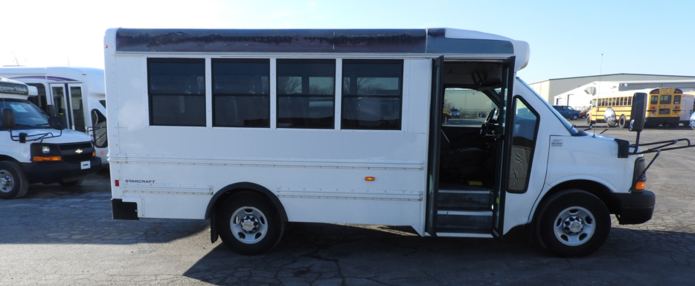 Used Childcare Shuttle Buses near Chicago, IL