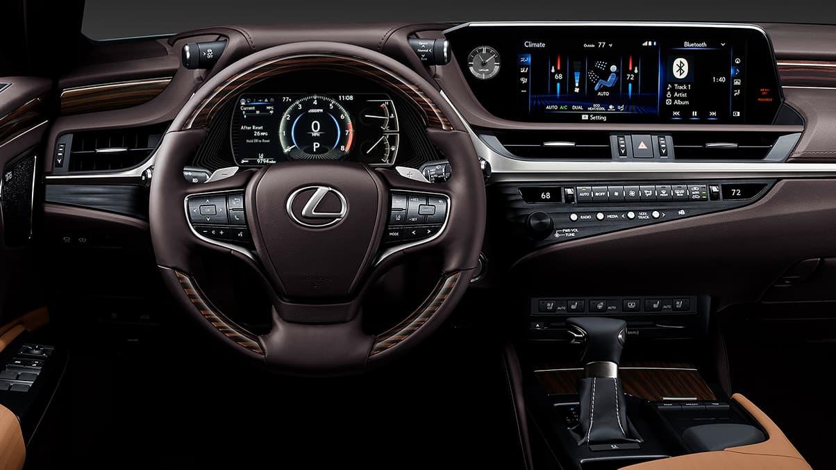 Interior of the 2020 Lexus ES 350