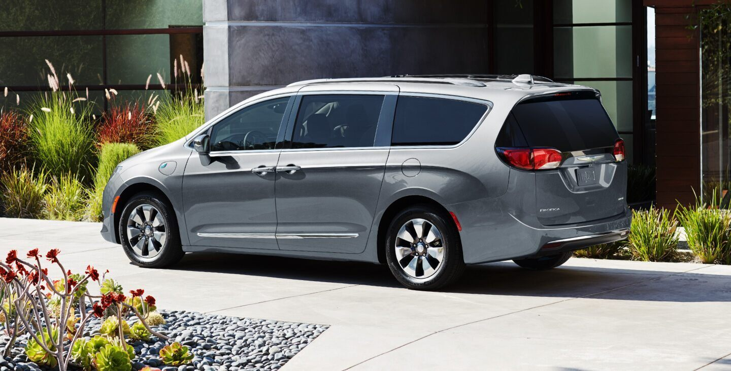 2020 Chrysler Pacifica for Sale near Blue Island, IL