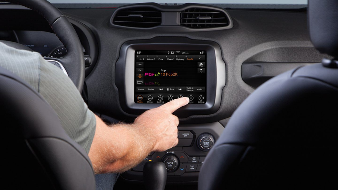 2020 Jeep Renegade Uconnect® Touchscreen