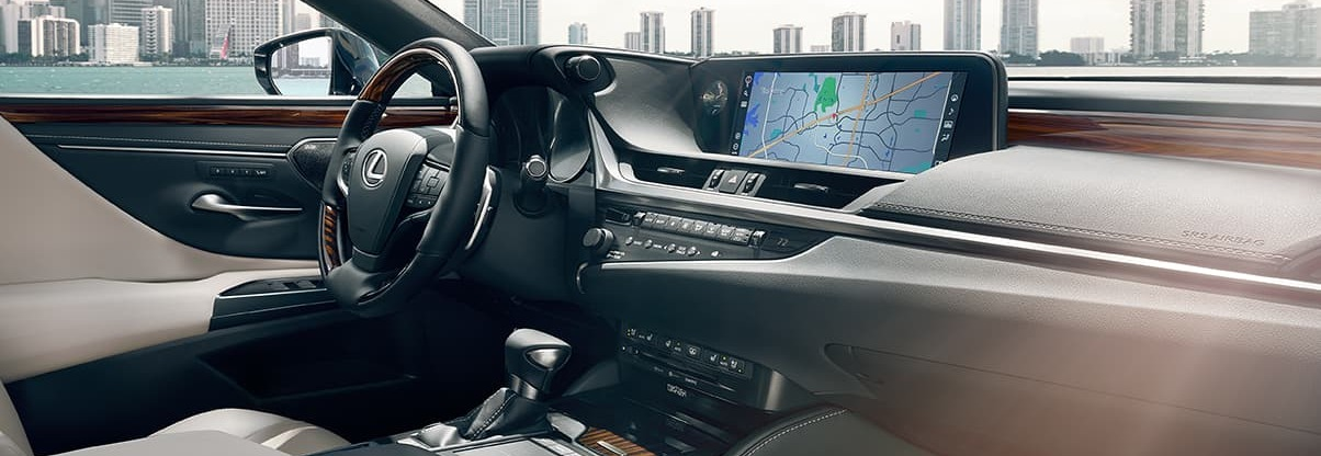 2020 Lexus ES 350 Dashboard