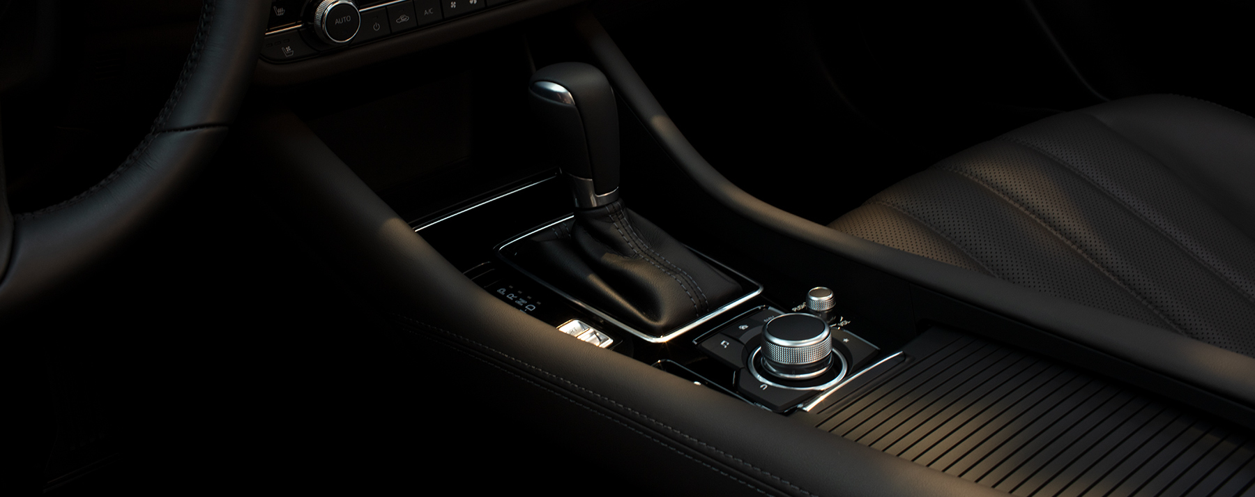You'll Love All the Amenities in the 2020 MAZDA6!