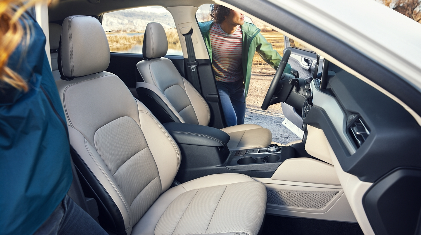 Enjoy Every Drive in Pure Comfort in the 2020 Ford Escape!