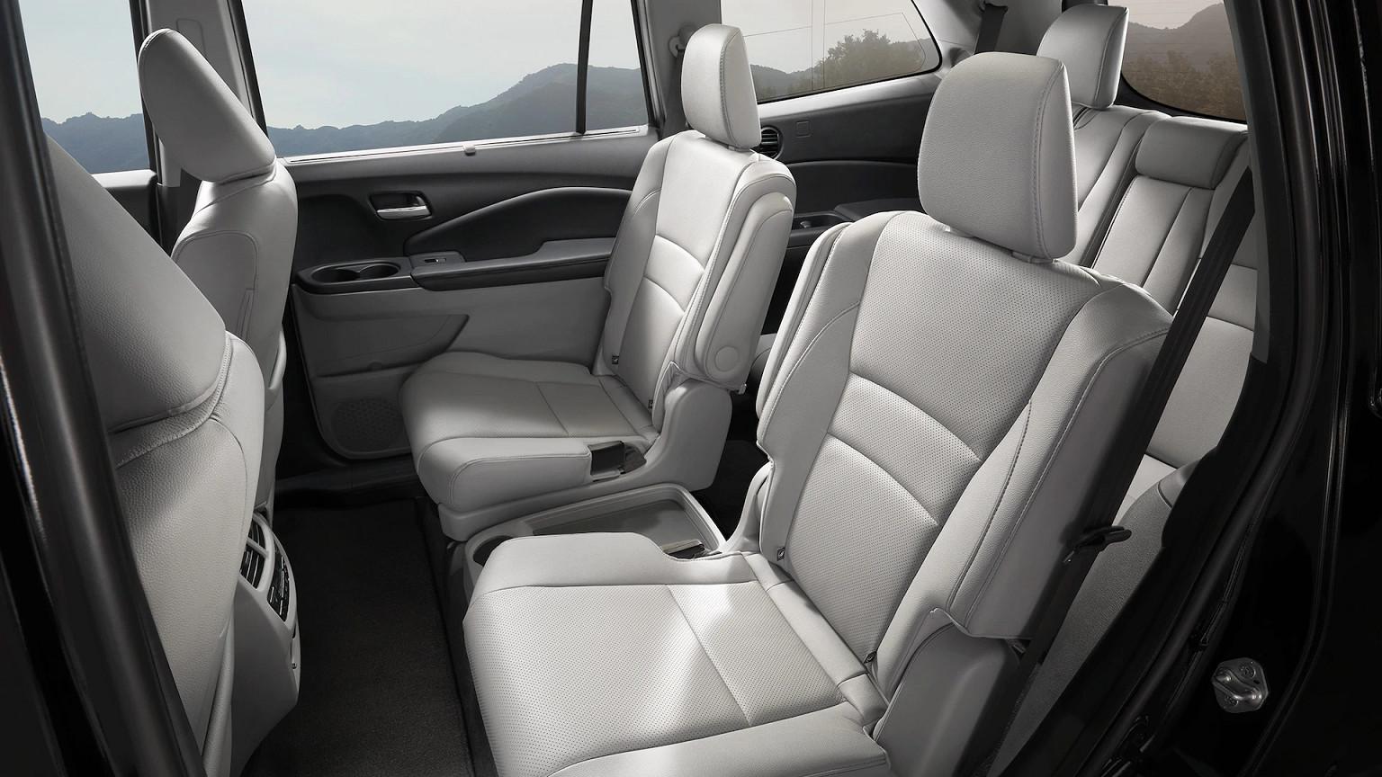 Spacious Interior of the 2020 Honda Pilot