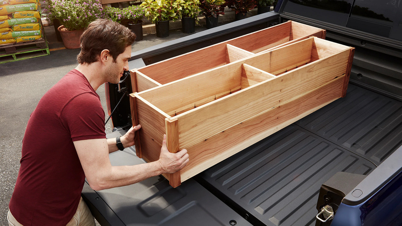 Versatile Bed of the 2020 Honda Ridgeline