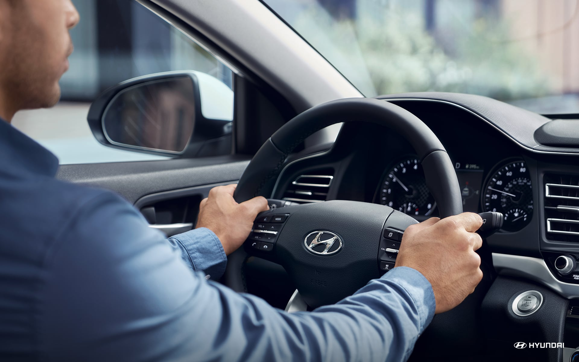 In the Driver's Seat of the 2020 Hyundai Elantra