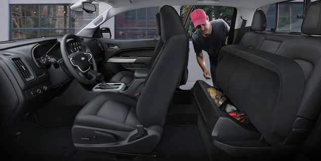 2020 Chevrolet Colorado Interior
