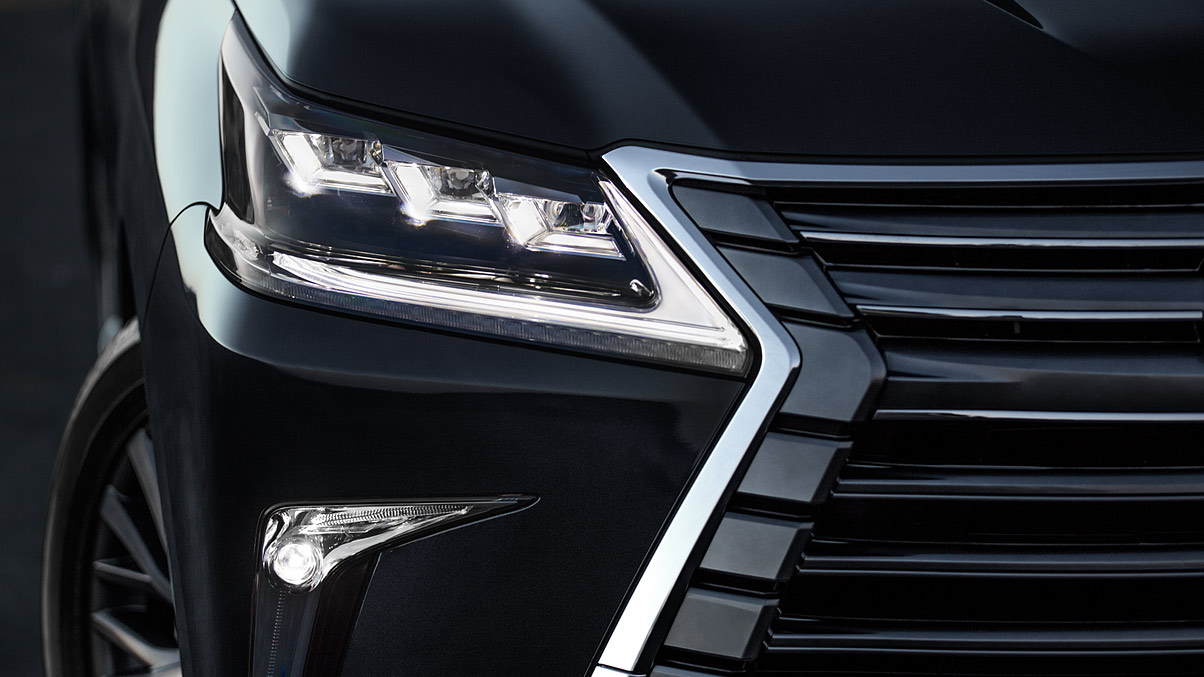 2020 LX 570 Triple-Beam Headlights