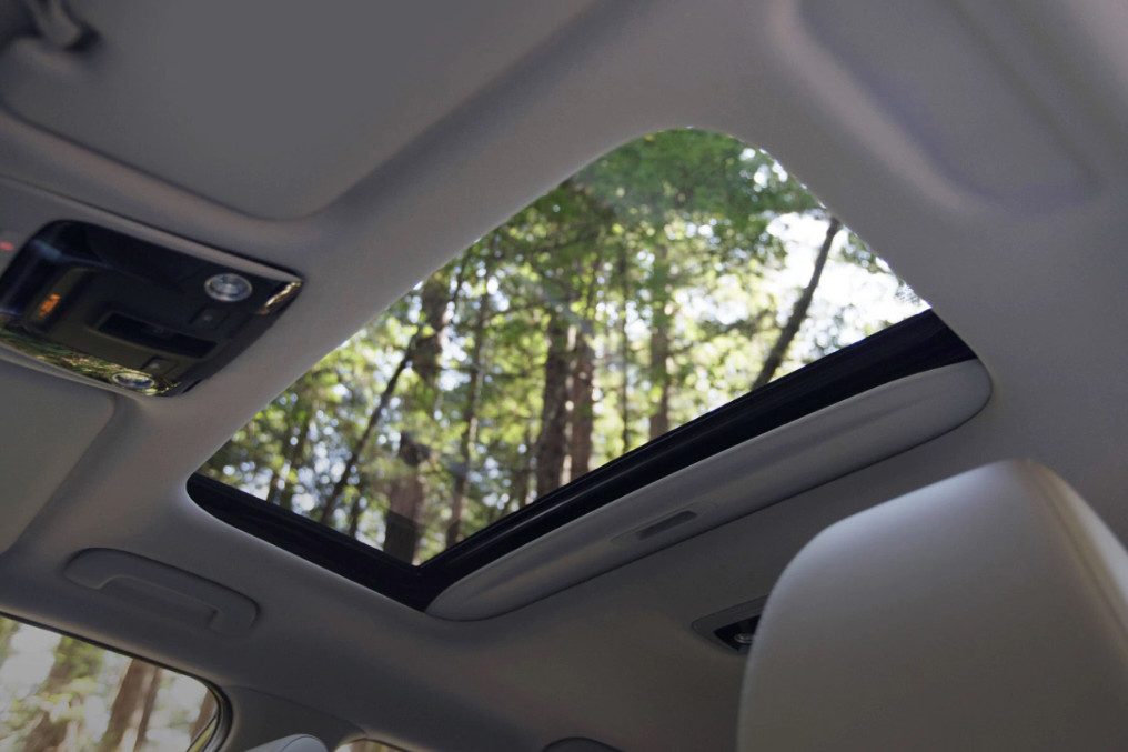Sunroof in the 2021 Seltos