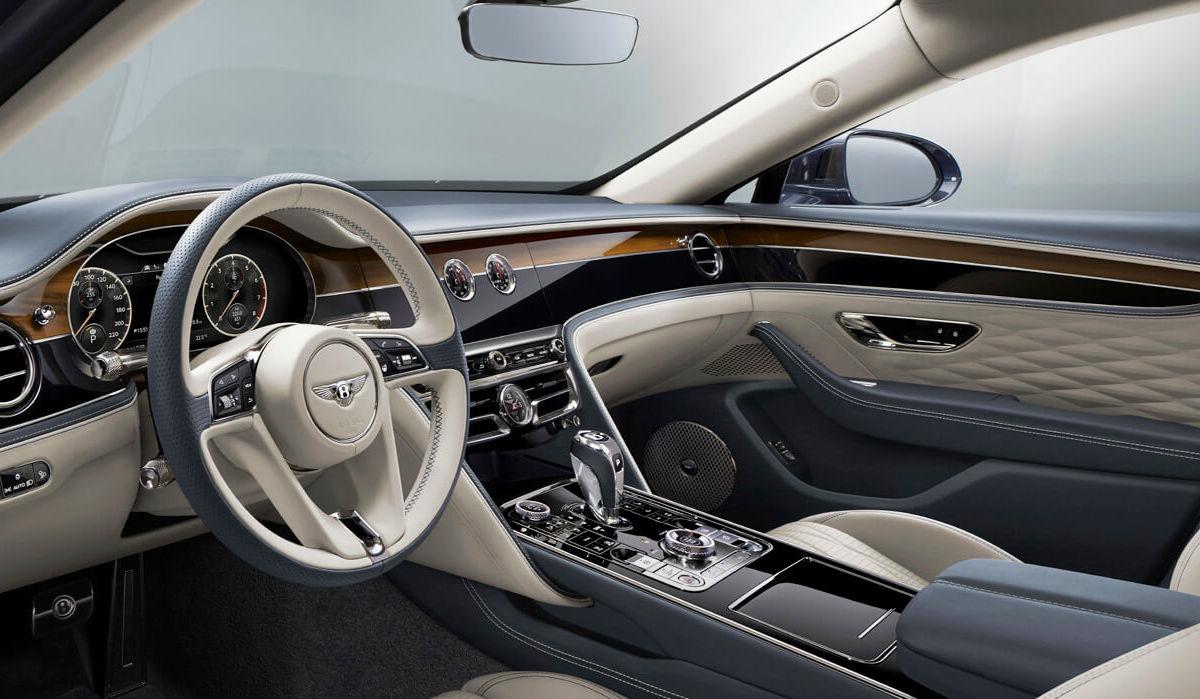 2020 Bentley Flying Spur Cockpit