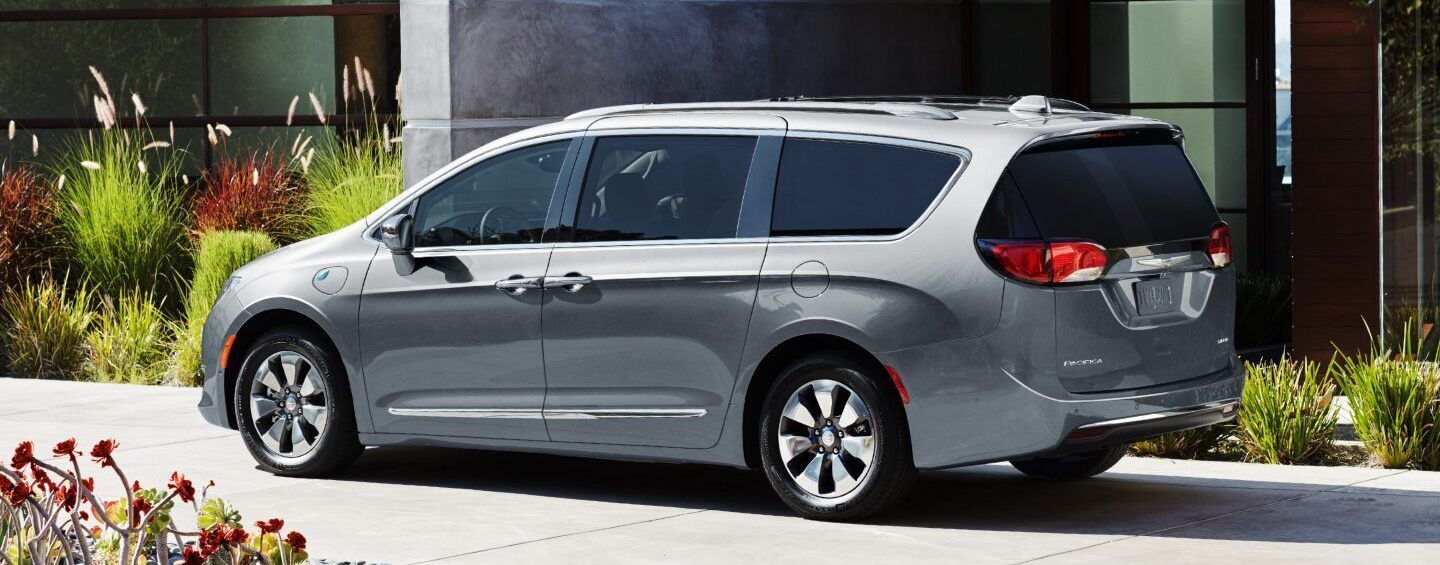 2020 Chrysler Pacifica Trim Levels near St. Charles, MO