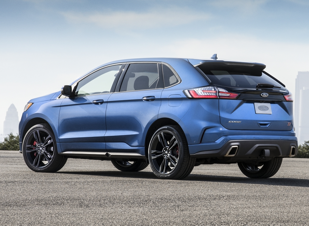 2020 Ford Edge Leasing near Chicago, IL