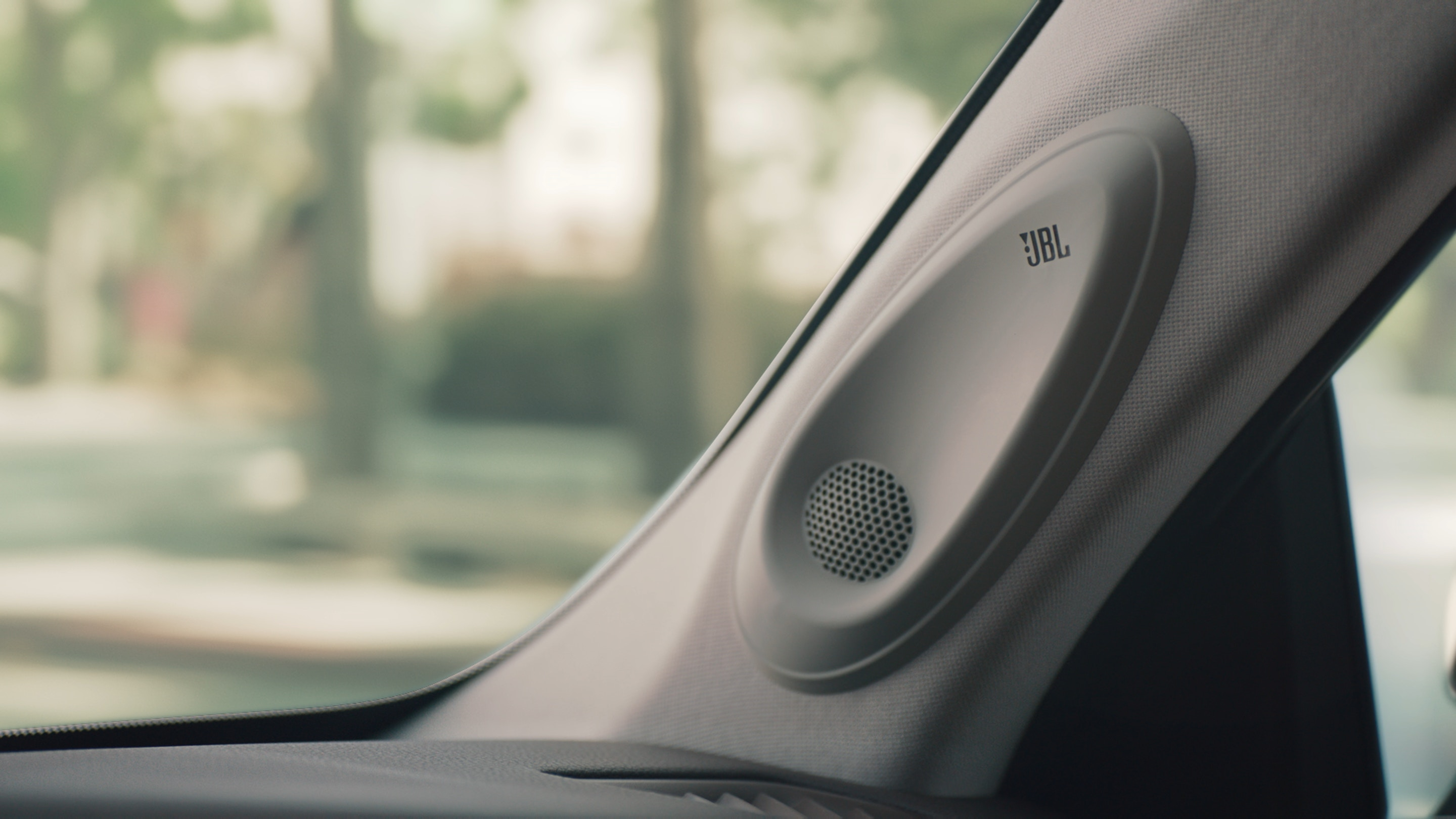 JBL® Sound System With Clari-Fi® in the 2020 Highlander