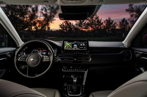 El paisaje será aun mas bello visto cómodamente desde el interior de un Kia Seltos.
