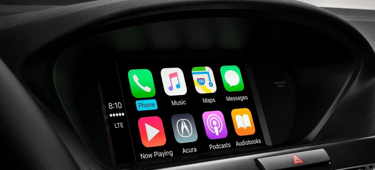 Apple CarPlay® in the 2020 TLX