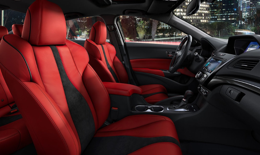 Premier Seating in the 2020 ILX