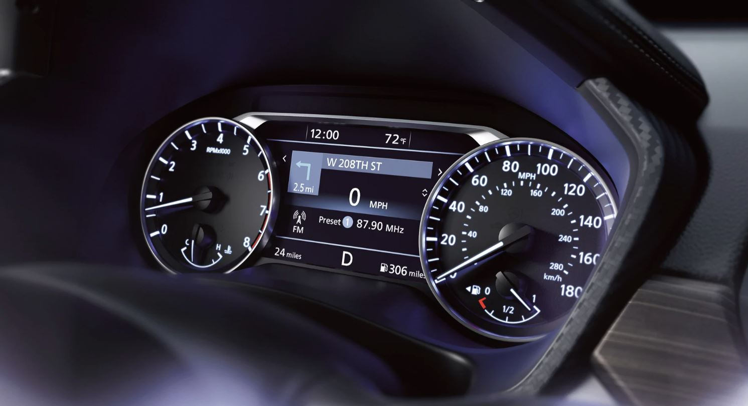 Driver Information Screen in the 2020 Altima