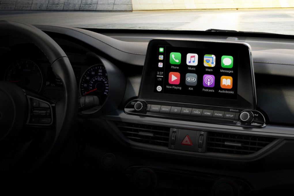 Apple CarPlay® in the 2020 Forte