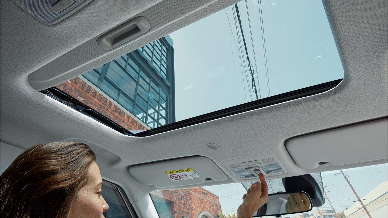 2020 Hyundai Venue Power Sunroof