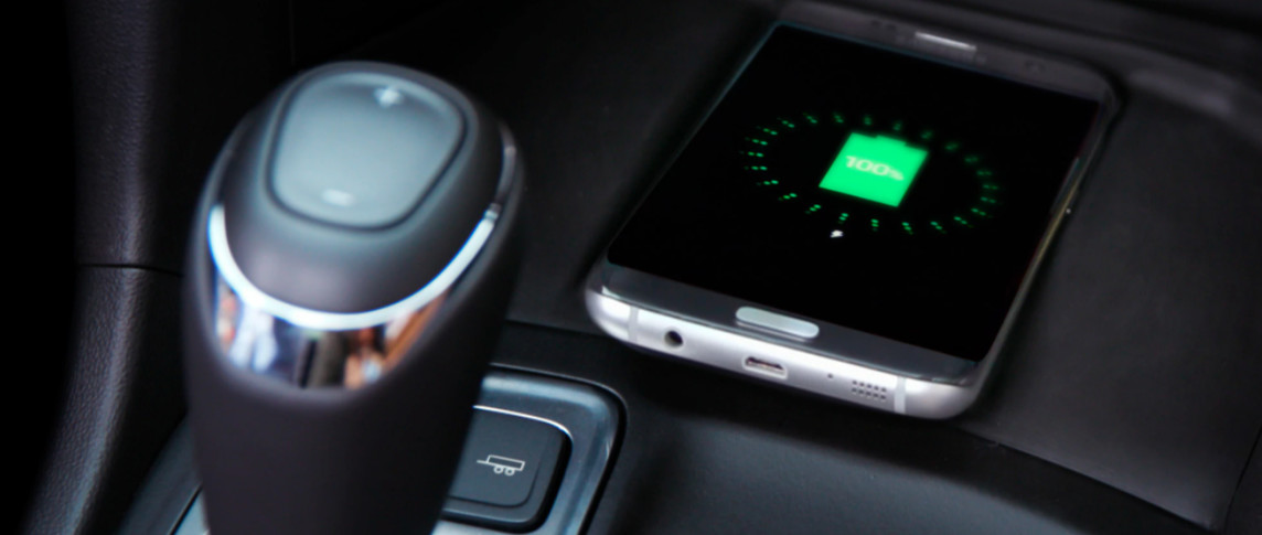 2020 Equinox Wireless Charger