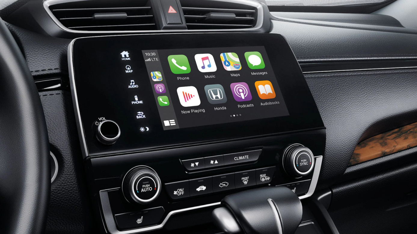 Apple CarPlay® in the 2020 CR-V