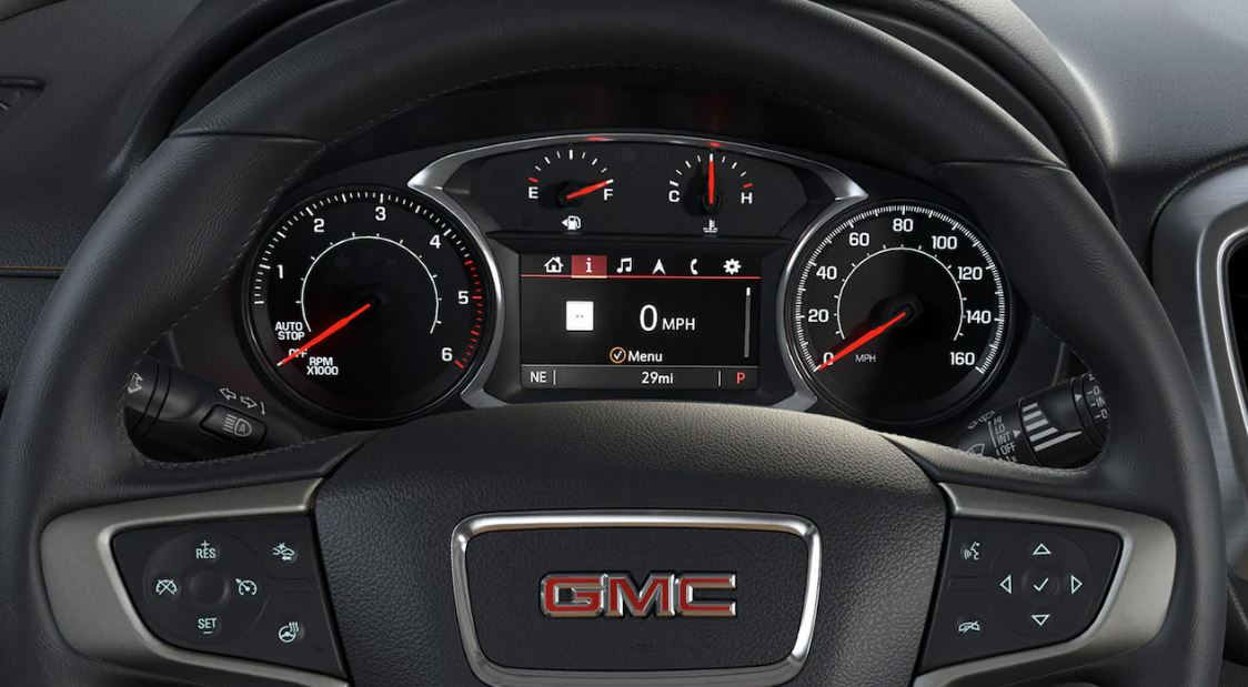 Steering Wheel-Mounted Controls in the 2020 Terrain