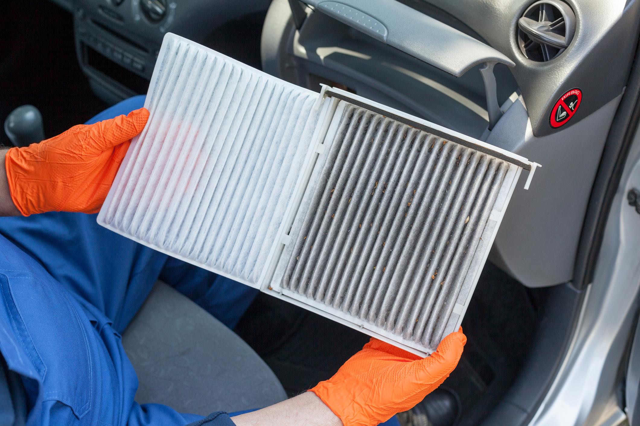 Servicio de reemplazo de filtro de aire de cabina en Chantilly, VA