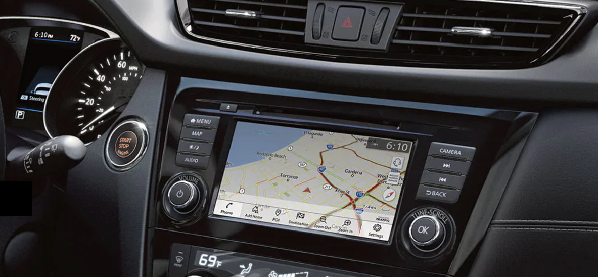Touchscreen Display in the 2020 Nissan Rogue