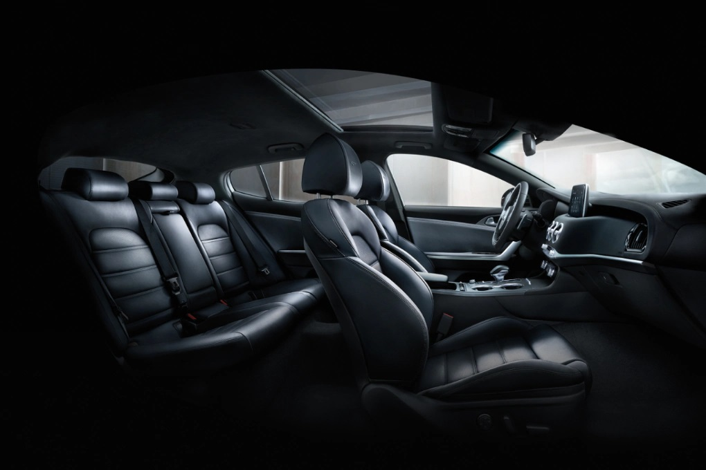 2020 Kia Stinger Seating